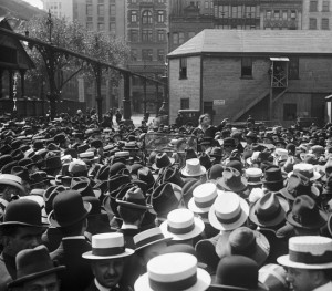 Emma Goldman addressing a crowd at Union Square, New York, May 21, 1916. Image: WikiCommons.