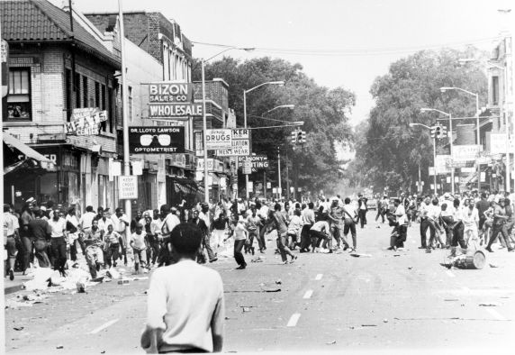 Street view of social unrest in Detroit, July 23-27, 1967. Image: Walter P. Reuther Library.